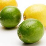 レモンやライムの果汁を余すことなくたっぷり絞る、3つのポイント