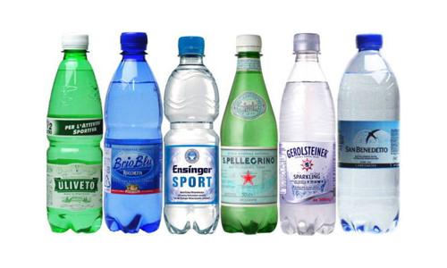 セレブに人気の炭酸水